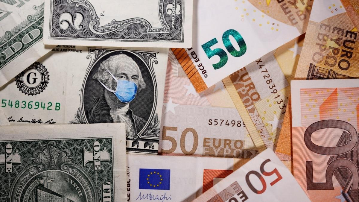Доллар подешевел на четыре копейки – НБУ