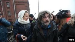 Андрей Аллахвердов выходит из СИЗО 21 ноября 2013 года