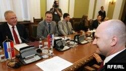 Neven Mimica i Laslo Varga, predsednici Odbora za evropske integracije Hrvatske i Srbije, 14. jun 2010. Fotografije uz tekst: Saša Čolić