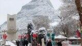 Кыштын акыркы күндөрүндө Ош шаарына калың кар жаап салды, 25-февраль.