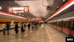 Praqa metrosu, 2004-cü il