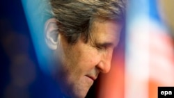 Germany -- US Secretary of State John Kerry arrives at Tegel Airport in Berlin, January 31, 2014