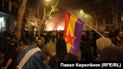 Протесты в Барселоне в ночь на воскресенье