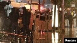 Թուրքիա - Ոստիկանները պայթյունի վայրում, Ստամբուլ, 6-ը հունվարի, 2015թ․