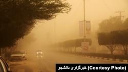 میزان گرد و غبار در آسمان اهواز به بیش از ۴۷ برابر حد مجاز رسیده است