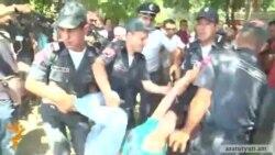 Ոստիկանները բերման ենթարկեցին 4 երիտասարդի