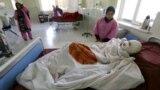 آرشیف: یک زن افغان که گفته میشود توسط یکی از مردان خانواده اش سوزانده شده است.