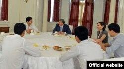 Фото взято с сайта president.kg