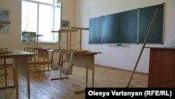 Огласка ЧП в десятой школе не может не принести пользу, поскольку вновь привлекла внимание общества и государства к проблеме