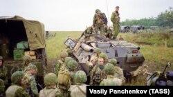 """Бойцы спецназа """"Русь"""" в Дагестане, 1999 год (архивное фото)"""
