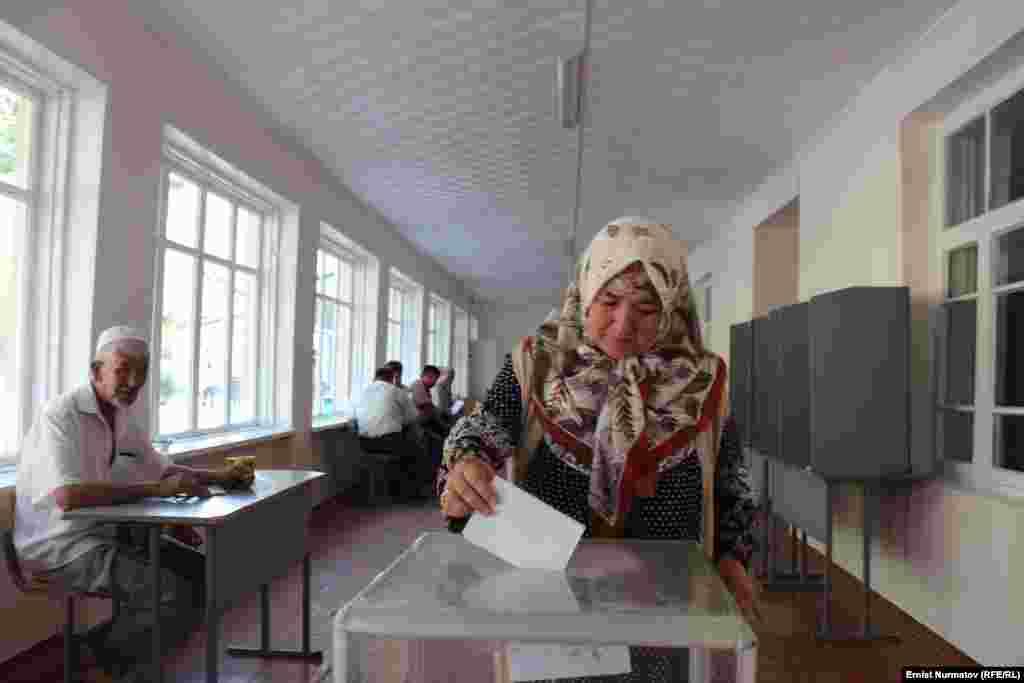 По предварительной информации, 18 августа в голосовании приняли участие 72% избирателей.