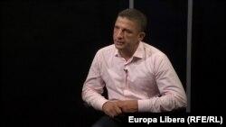 Vlad Țurcanu, la o dezbatere în studioul Radio Europa Liberă, la Chișinău
