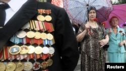 Kaltaklangan chol Rossiyada kamayib borayotgan urush qahramonlaridan.