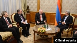 ԵԱՀԿ-ի Մինսկի խմբի համանախագահները Հայաստանի նախագահ Սերժ Սարգսյանի հետ հանդիպման ժամանակ, Երևան, 5-ը փետրվարի, 2014թ․