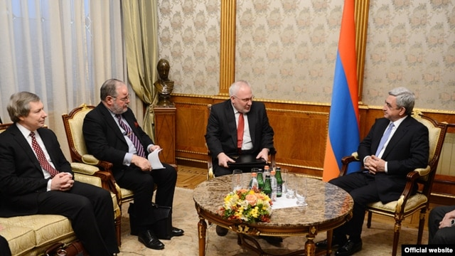 Armenia -- President Serzh Sarkisian (R) meets the visiting co-chairs of the OSCE Minsk Group in Yerevan, 5Feb2014.