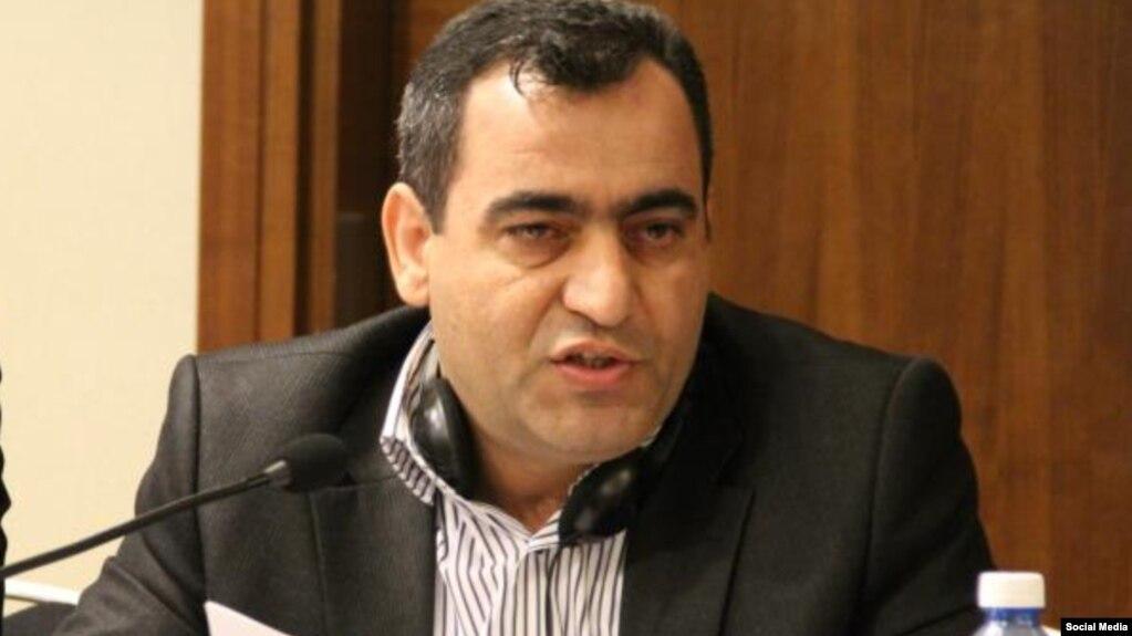 Rövşən Ağayev.