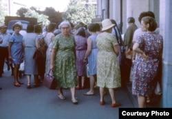 Очереди – традиция СССР и в 60-х, и в 70-х, и в 80-х