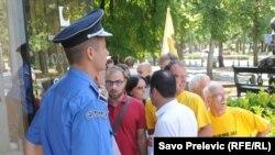 Protest u organizaciji MANS-a protiv taksi, 9. jul 2012.
