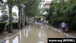 Последствия непогоды в Феодосии, июль 2018 год