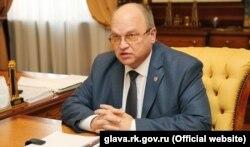 Геннадій Бахарев
