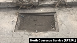 Засоренные ливневые канализации во Владикавказе