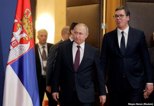 Президенти Росії та Сербії, Владімір Путін (ліворуч) і Александар Вучич. Белград, 17 січня 2019 року