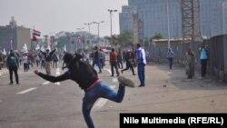 Столкновения на площади Тахрир между сторонниками и противниками военного правления в Египте. Каир, 19 ноября 2013 года.