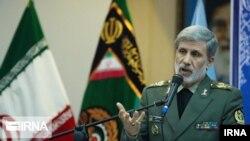 امیر حاتمی، وزیر دفاع ایران