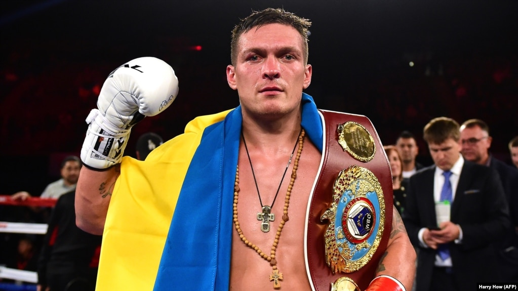 ukrainian boxer usyk defeats russia s gassiev in moscow bout