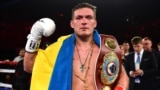 Український боксер Олександр Усик тепер має п'ять поясів чемпіона світу