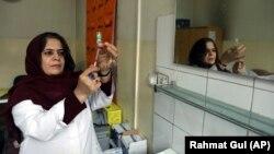 واکسیناسیون کرونا در افغانستان
