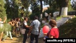 Uzbekistan - people are celebrating independence day in Tashkent, 01 September 2016