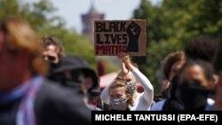 Протестиращи в Берлин също подкрепиха демонстрациите срещу расизма в САЩ