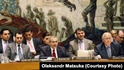 Засідання Ради безпеки ООН на тему «Співробітництво ООН з регіональними організаціями». Олександр Мацука (в центрі в другому ряду). 4 травня 2010 року
