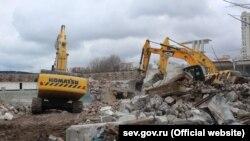 Будівництво спортивно-оздоровчого комплексу ім. 200-річчя Севастополя