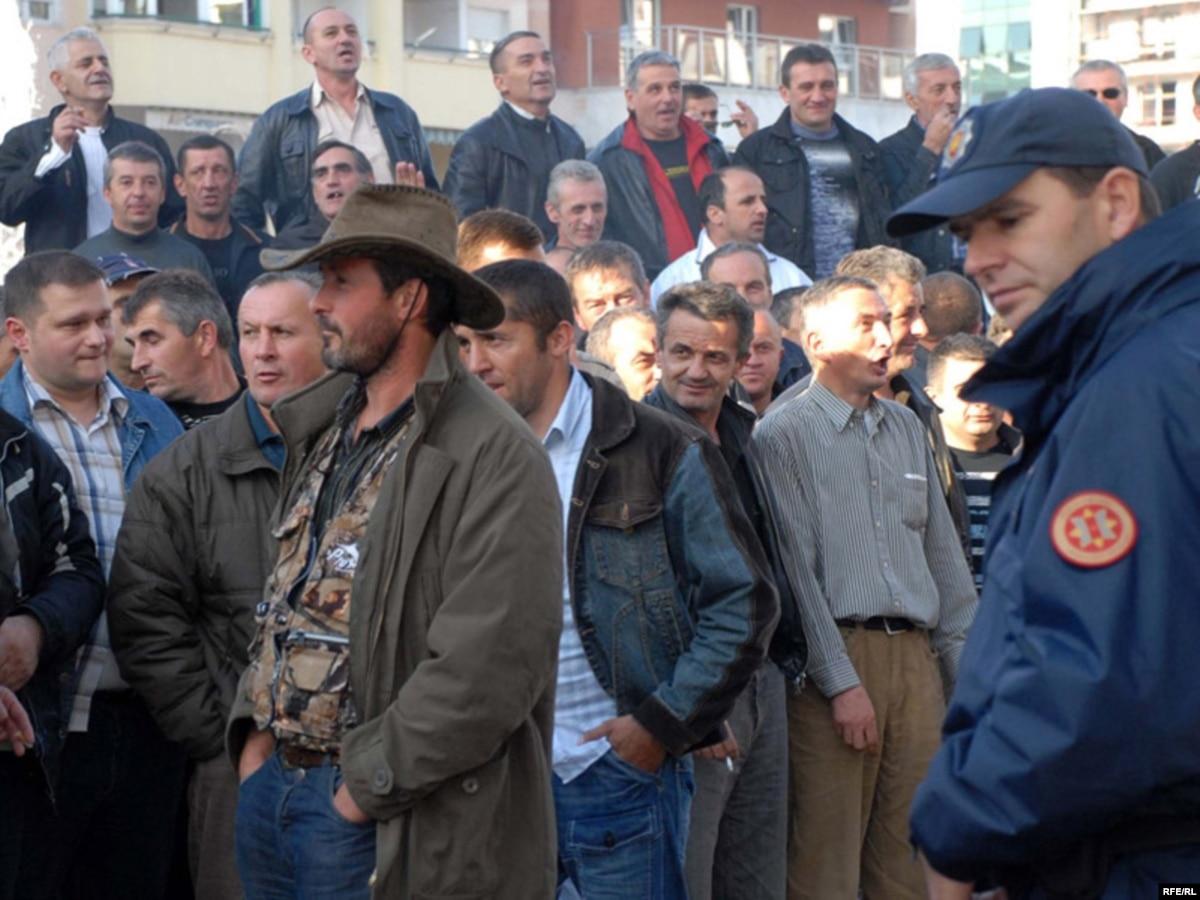 Montenegrin Steel Worker Unions Reject Layoff Plan