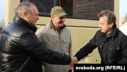Уладзімер Някляеў (зьлева) і Анатоль Лябедзька (справа), 2014 год