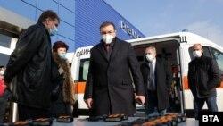 По думи на Костадин Ангелов за смекчаване на противоепидемичните мерки може да има решение в края на следващата седмица