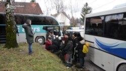 Дислоцирање на мигрантите од Вучјак, кај Бихаќ