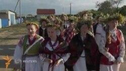Қўшиқ¸ рақс ва олов устидан сакраш: Беларусда этнофестивал бўлиб ўтди