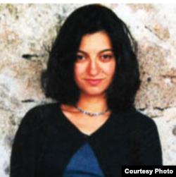 فیروزه محمودی،مدیر اتحاد برای ایران