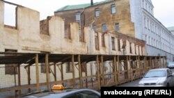 Рэвалюцыйная вуліца: рэстаўрацыя «праз калена», 2006 год
