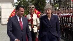 Заев-Меј: Решение на името ќе донесе придобивки за двете земји