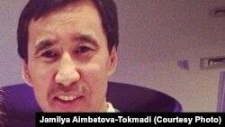 Бизнесмен Муратхан Токмади, обвиняемый казахстанскими властями в совершении заказного убийства в 2004 году тогдашнего главы «Банка ТуранАлем» Ержана Татишева.