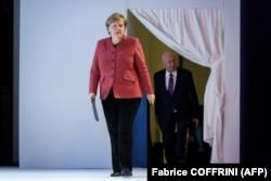 Анґела Меркель, на відміну від колег зі США та Франції, з'їзд ВЕФ 2019 року не пропустила