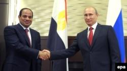 Ресей президенті Владимир Путиннің Египет президенті Абдел Фаттах әл-Сисимен кездесуі. Сочи, 12 тамыз 2015 жыл.