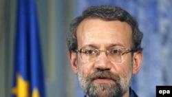 علی لاریجانی می گوید که آمریکا از مذاکره برای پایان دادن به بحران هسته ای ایران طفره می رود.