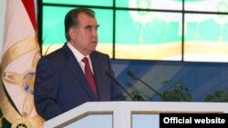Tajik President Emomali Rahmon delivers a speech to the Tajik parliament on April 23.