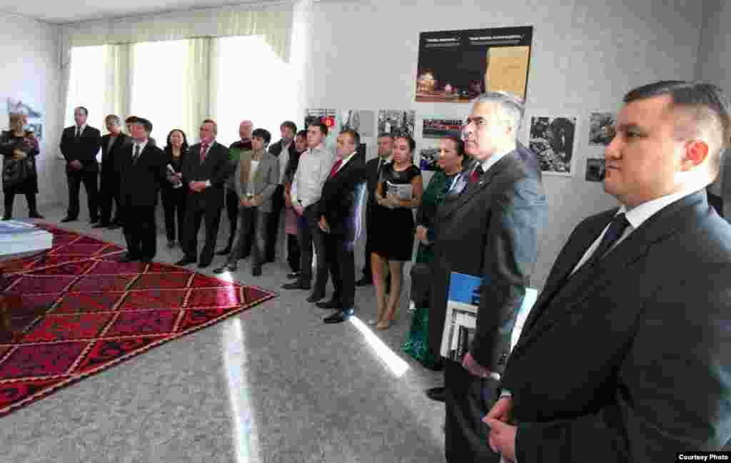 Атташе посольства ОАЭ в Беларуси Талеб Альтамими: «Самая большая человеческая ошибка – это забыть мировую историю, ее уроки. Поэтому подобные документальные подтверждения абсолютно необходимы. Эту выставку должны увидеть как можно больше людей».