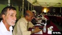 جانب من الحلقة النقاشية التي انعقدت في البصرة لمناقشة قانون المنظمات غير الحكومية
